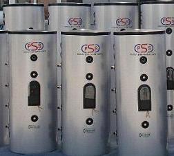 Boiler accumulatore bollitore per pannelli solari termico for Tubi del serbatoio dell acqua calda